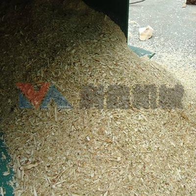 玉米芯粉碎机现场